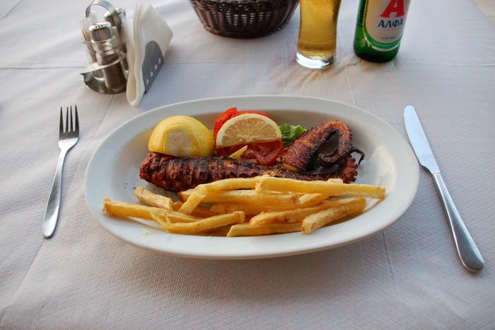 greece_nauplia_octopus