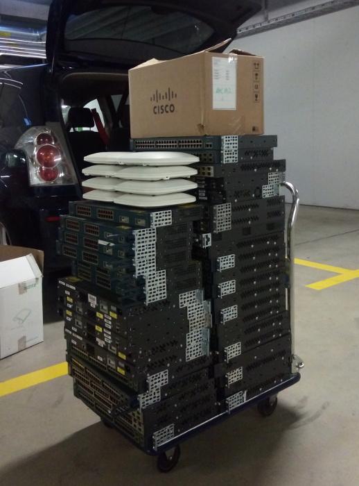 Ein großer Stapel Rechnerkram
