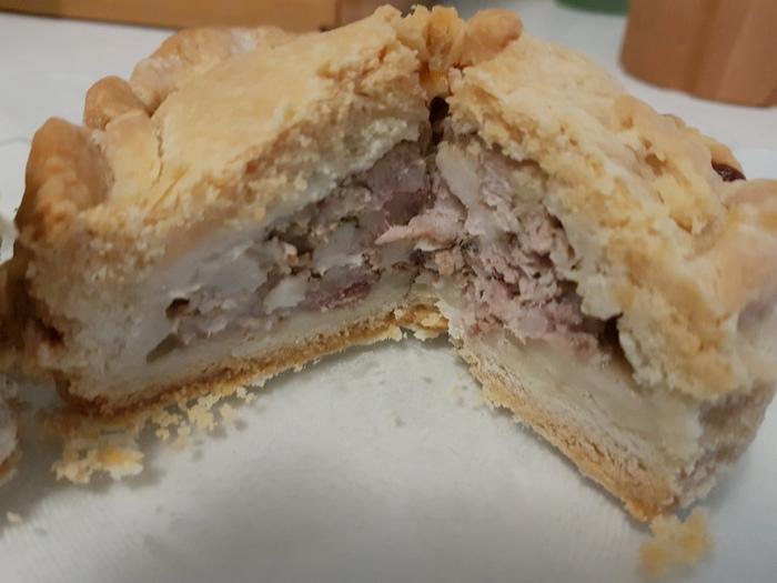 Angeschnittener fertiger Pie