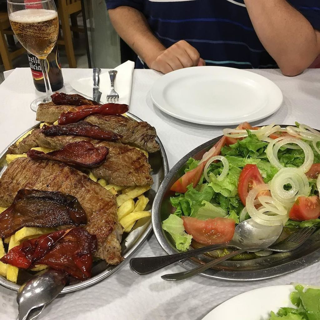Spanische Fleischplatte