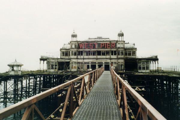 west_pier_2001_(1)