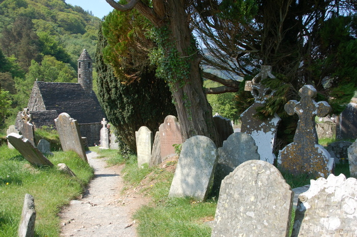 Gräber in Glendalough